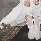 Аксессуары ручной работы. Ярмарка Мастеров - ручная работа Старая, старая сказка. Носки вязаные, шерстяные. Подарок ручной работы. Handmade.