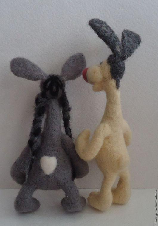 """Игрушки животные, ручной работы. Ярмарка Мастеров - ручная работа. Купить """"Зайцы идут""""авторская валяная игрушка. Handmade. Комбинированный, шерсть"""