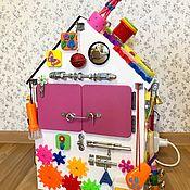 Бизиборды ручной работы. Ярмарка Мастеров - ручная работа Бизиборд дом для маленькой принцессы.. Handmade.