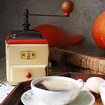 Винтаж ручной работы. Ярмарка Мастеров - ручная работа Кофемолка деревянная ручная, Германия. Handmade.