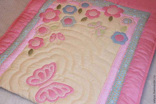 """Пледы и одеяла ручной работы. Ярмарка Мастеров - ручная работа. Купить Одеяло для девочки """"Лето"""". Handmade. Цветочный, бабочки"""