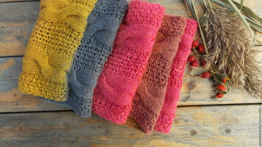 Шарф вязаный. Красивый, теплый вязаный шарф . Шарф связан спицами из эстонской пряжи `дундага`. Шерсть 100%.