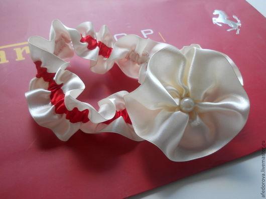 Одежда и аксессуары ручной работы. Ярмарка Мастеров - ручная работа. Купить Подвязка невесты. Handmade. Белый, атласные ленты