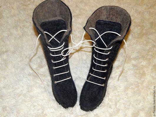 Обувь ручной работы. Ярмарка Мастеров - ручная работа. Купить Валенки-сапоги на подошве со шнуровкой. Handmade. подарок на новый год