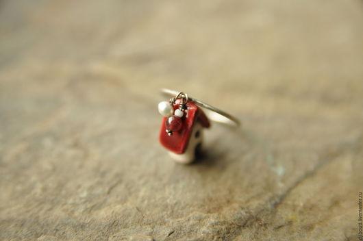 Кольца ручной работы. Ярмарка Мастеров - ручная работа. Купить Кольцо из серебра с гранатом и жемчугом.. Handmade. Серебряный, кольцо с камнями