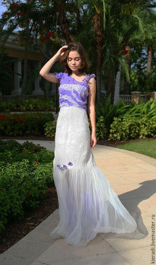 Платья ручной работы. Ярмарка Мастеров - ручная работа. Купить Свадебное платье из шелка и шерсти Капля лаванды. Handmade. Белый