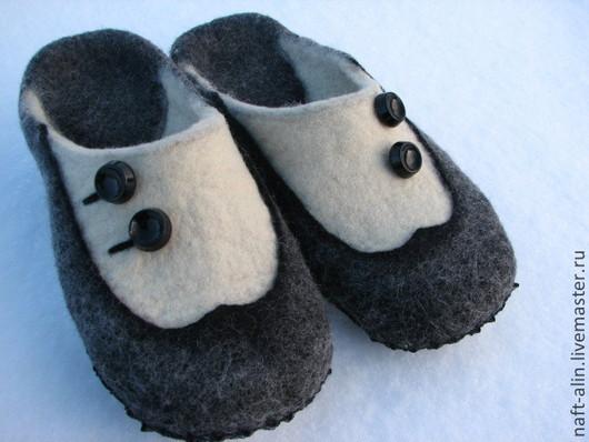 """Обувь ручной работы. Ярмарка Мастеров - ручная работа. Купить Валяные тапочки """"Ретро"""". Handmade. Тапочки, тапочки валяные, фелтинг"""