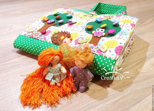 Кукольный дом ручной работы. Ярмарка Мастеров - ручная работа. Купить Кукольный домик-cумка №2 (На семью три человека). Handmade.