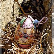 Подарки к праздникам ручной работы. Ярмарка Мастеров - ручная работа Пасхальный подарок керамическое яйцо с персонажами Беатрис Поттер. Handmade.