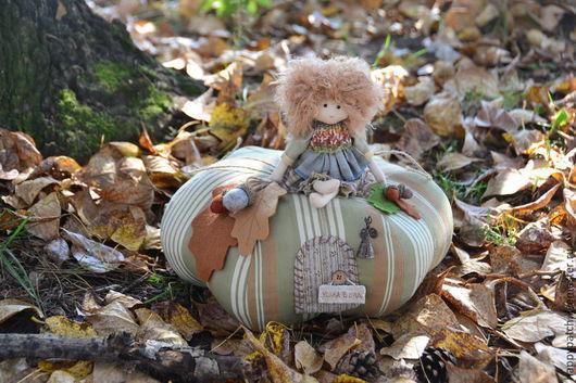 """Сказочные персонажи ручной работы. Ярмарка Мастеров - ручная работа. Купить """"Осень на тыкве"""", интерьерная композиция. Handmade. Разноцветный"""