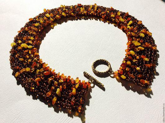 Колье с балтийским янтарем, украшение на шею,янтарное украшение, золотое колье, ярмарка мастеров-ручная работа.