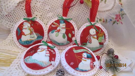 Набор елочных украшений ` Снеговики ` Ручная работа. Креативная студия ` Кич `.