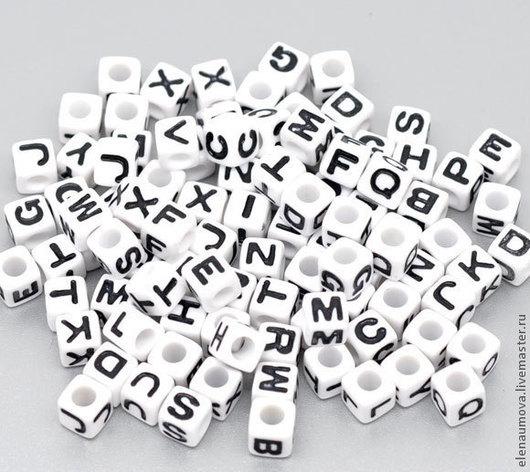 №4 - белые с черными буквами 7х7мм