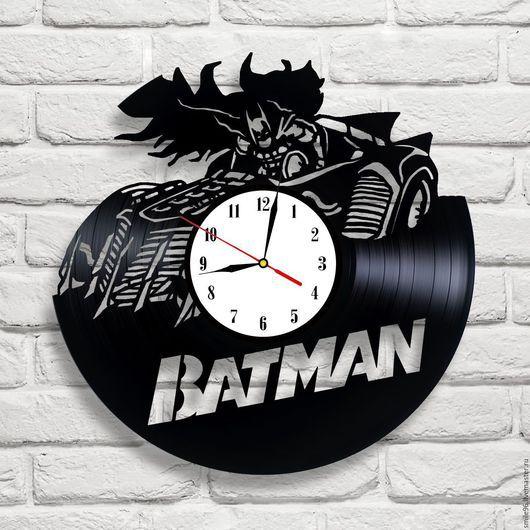 """Часы для дома ручной работы. Ярмарка Мастеров - ручная работа. Купить Часы из пластинки """"Batman"""". Handmade. Batman, бэтмен, комбинированный"""