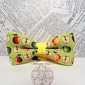 Аксессуары ручной работы. Ярмарка Мастеров - ручная работа Галстук бабочка Яблоки/ фрукты/ вкусняшка. Handmade.