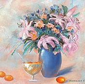 Картины и панно ручной работы. Ярмарка Мастеров - ручная работа Лилии и абрикосовое варенье - натюрморт с цветами. Handmade.