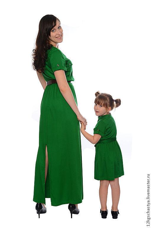 """Платья ручной работы. Ярмарка Мастеров - ручная работа. Купить Платья для мамы и дочки """"Изумрудное вдохновение"""". Handmade. Зеленый"""