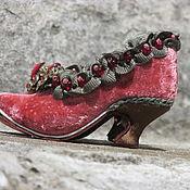 Куклы и игрушки ручной работы. Ярмарка Мастеров - ручная работа Кукольные туфельки эпохи Барокко. Handmade.