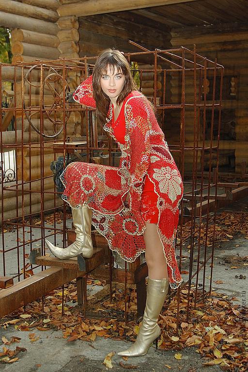 Верхняя одежда ручной работы. Ярмарка Мастеров - ручная работа. Купить Пальто вязаное женское Красно-алые листья. Handmade.