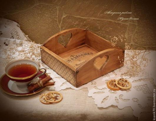 Поднос, сухарница ` Французское кафе`.Ручная работа.Автор Юдина Оксана Для кухни. Винтаж.