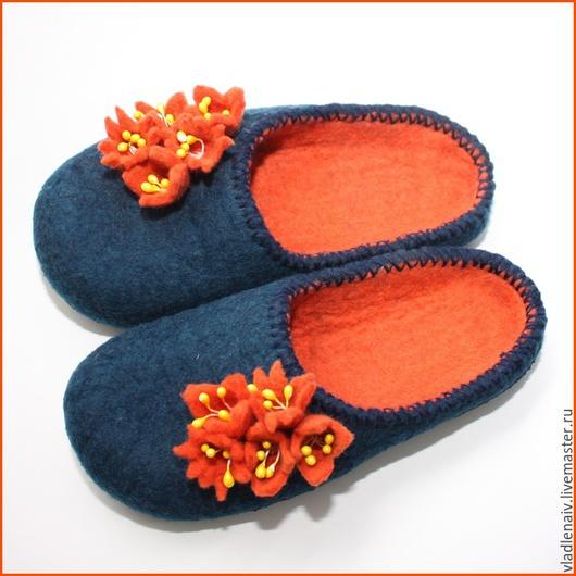 """Обувь ручной работы. Ярмарка Мастеров - ручная работа. Купить Тапочки """" Оранжевые цветочки"""". Handmade. Тёмно-синий"""
