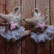Подарки к праздникам ручной работы. Ярмарка Мастеров - ручная работа Влюбленная лисичка. Handmade.