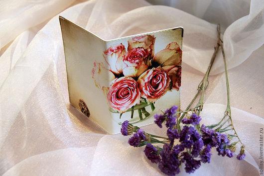 """Обложки ручной работы. Ярмарка Мастеров - ручная работа. Купить обложка """"Букет роз"""". Handmade. Натуральная кожа, обложка на паспорт"""