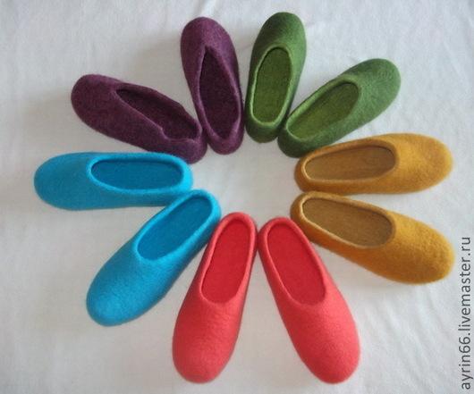Обувь ручной работы. Ярмарка Мастеров - ручная работа. Купить Просто тапки.. Handmade. Тапочки валяные, Валяние, обувь для дома