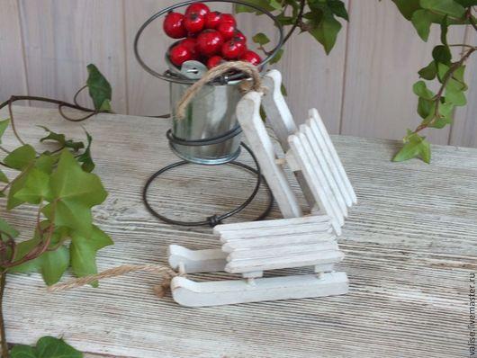 Куклы и игрушки ручной работы. Ярмарка Мастеров - ручная работа. Купить Саночки из дерева белые в винтажном стиле. Handmade. Белый