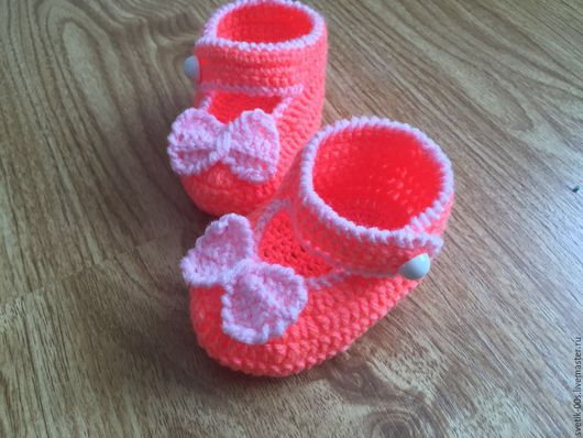 Детская обувь ручной работы. Ярмарка Мастеров - ручная работа. Купить Пинетки. Handmade. Пинетки для новорожденных, мальчику, вязание на заказ