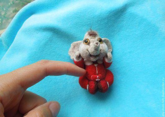 Миниатюра ручной работы. Ярмарка Мастеров - ручная работа. Купить Малыш Слоник (валяная игрушка, миниатюра). Handmade. Слоник, житель