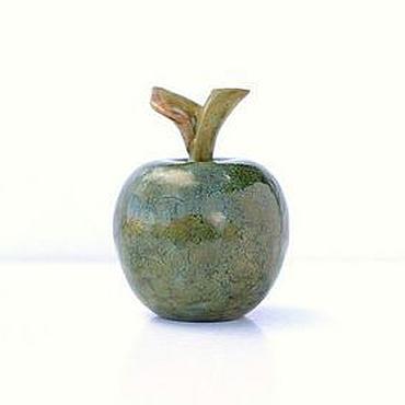 Для дома и интерьера ручной работы. Ярмарка Мастеров - ручная работа Керамическое яблоко Зеленая яшма. Handmade.