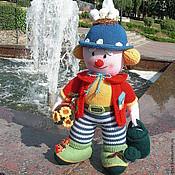Куклы и игрушки ручной работы. Ярмарка Мастеров - ручная работа Клоун. Вязаная интерьерная  кукла из шерсти Клоун-садовник. Handmade.