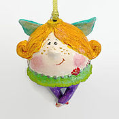Подарки к праздникам ручной работы. Ярмарка Мастеров - ручная работа новый год Фея с подарком елочный шар. Handmade.