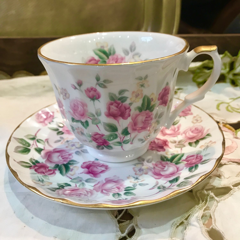 Tea pair, roses, Crown Trent, Staffordshire, England, China, Vintage mugs, Tyumen,  Фото №1