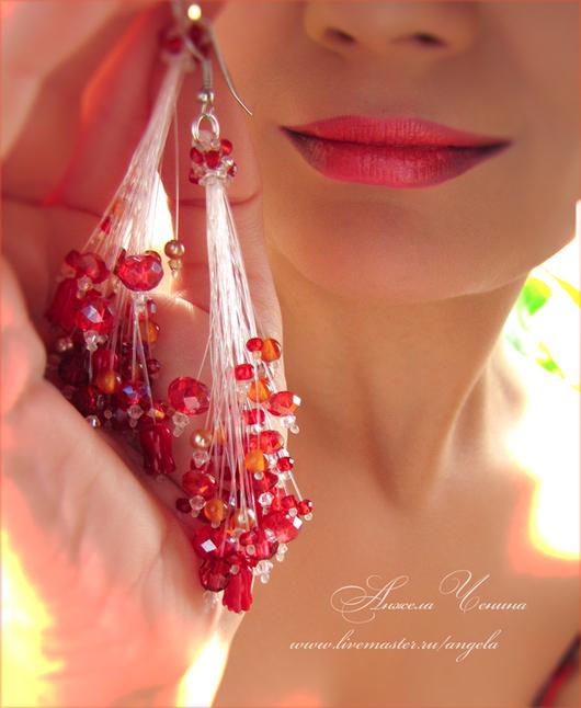 Алые паруса, серьги в стиле алой готики. Необычные длинные серьги-подвески красных тонов. Необычные украшения в подарок. Свадебный стиль.Украшения в подарок девушке.