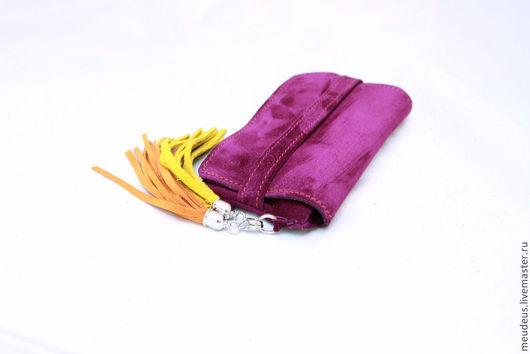 Для телефонов ручной работы. Ярмарка Мастеров - ручная работа. Купить Фиолетовый чехол для IPhone 6 с двумя кистями арт. 284. Handmade.