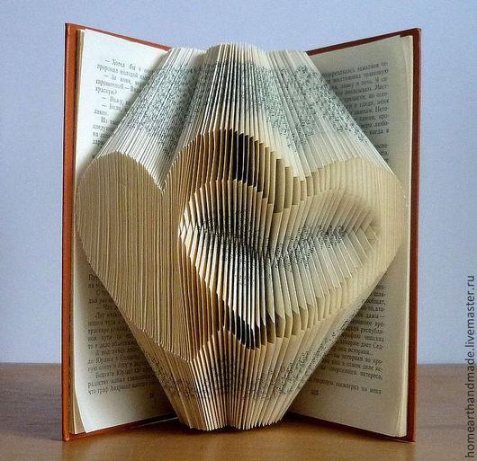 Подарки для влюбленных ручной работы. Ярмарка Мастеров - ручная работа. Купить Два сердца - скульптура из книги,оригинальный подарок влюбленным. Handmade.