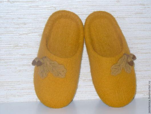 """Обувь ручной работы. Ярмарка Мастеров - ручная работа. Купить Войлочные тапочки шлепки """"Дубок"""". Handmade. Войлочные тапочки"""