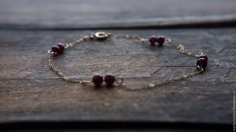 Gold bracelet with inlays of garnets, Bead bracelet, Samara,  Фото №1