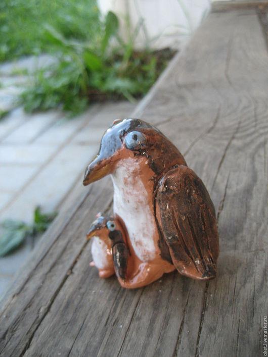 """Статуэтки ручной работы. Ярмарка Мастеров - ручная работа. Купить Статуэтка """"Пингвины"""" керамическая. Handmade. Нежный, Керамика, добрый, пингвиненок"""