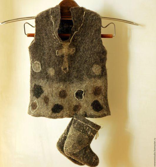 """Одежда унисекс ручной работы. Ярмарка Мастеров - ручная работа. Купить Валяный детский жилет  """"В теплую зиму"""". Handmade."""