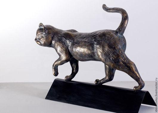 скульптура Кот для украшения конька крыши дома