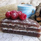 """Косметика ручной работы. Ярмарка Мастеров - ручная работа """"Кусочек торта"""" с малиной, мыло ручной работы. Handmade."""