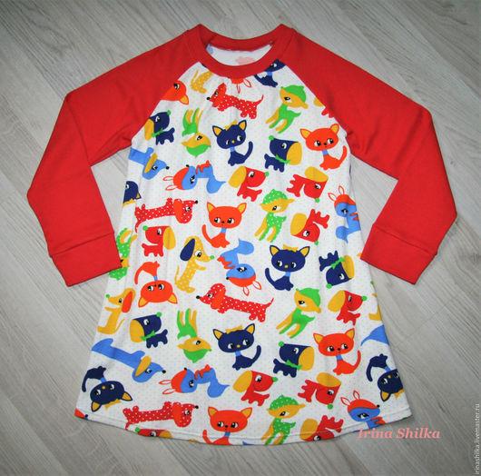 """Одежда для девочек, ручной работы. Ярмарка Мастеров - ручная работа. Купить Трикотажное платье """"Зверюшки"""". Handmade. Ярко-красный"""