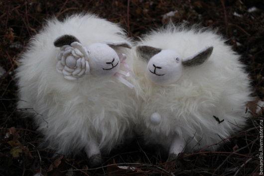 Новый год 2017 ручной работы. Ярмарка Мастеров - ручная работа. Купить Музыкальная овечка. Handmade. Белый, год овцы 2015, овца