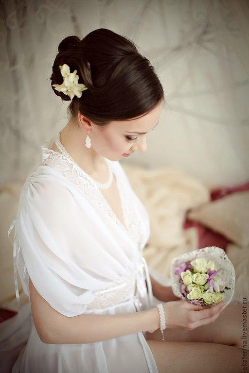 На фото великолепная модельер-дизайнер Людмила Манина в свадебном пеньюаре из своей новой коллекции - http://www.livemaster.ru/ludmilafly