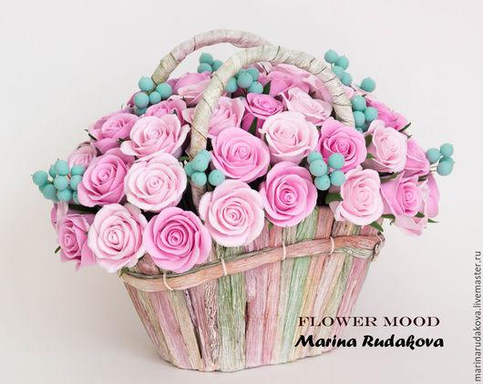 Интерьерные композиции ручной работы. Ярмарка Мастеров - ручная работа. Купить Розы в корзине. Handmade. Розовый, розы из полимерной глины