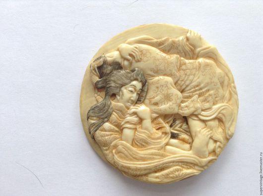 Винтажные украшения. Ярмарка Мастеров - ручная работа. Купить Антикварная японская камея 18-19 век, эротика, кость. Handmade.