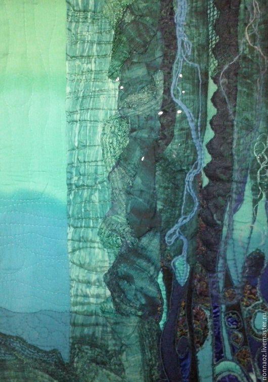 фрагмент левой части. использованы различные виды тканей , кружево, нитки